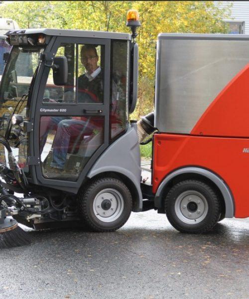 mașina pentru curățenie stradalăstrongCitymaster 1250plus aspira praful
