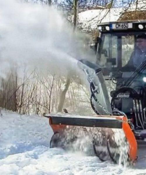 mașina pentru curățenie stradalăstrongCitymaster 1250plus curata zapada